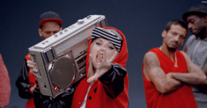 Taylor_Swift_Shake_It_Off_Boombox.png.CROP.promovar-mediumlarge