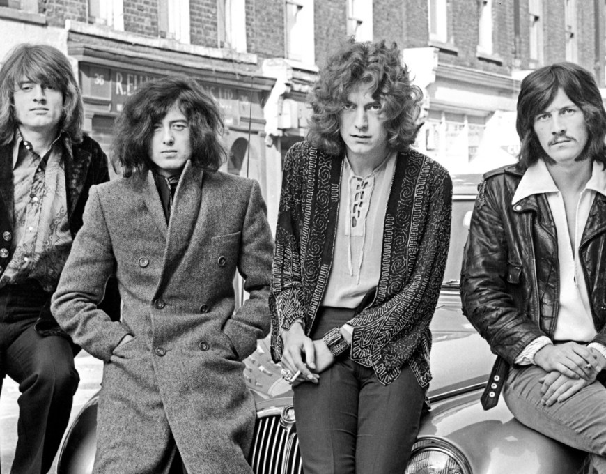 book review led zeppelin on led zeppelin interviews and encounters. Black Bedroom Furniture Sets. Home Design Ideas