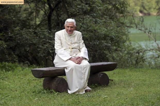 pope-emeritus-benedict-xvi