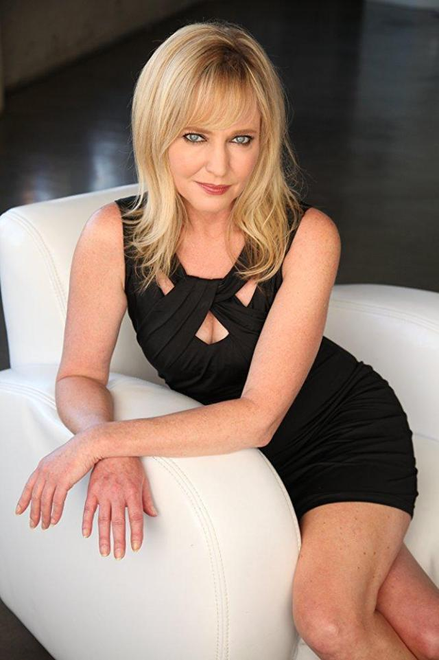 Lisa Wilcox Star Trek - Lisa Wilcox