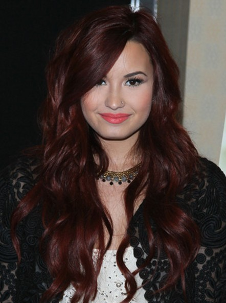 Demi Lovato Wavy Hairstyles 2013  PoPular Haircuts