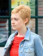 Dakota Fanning Very Short Hairstyles - Blonde Pixie Haircuts 2013 for Girls
