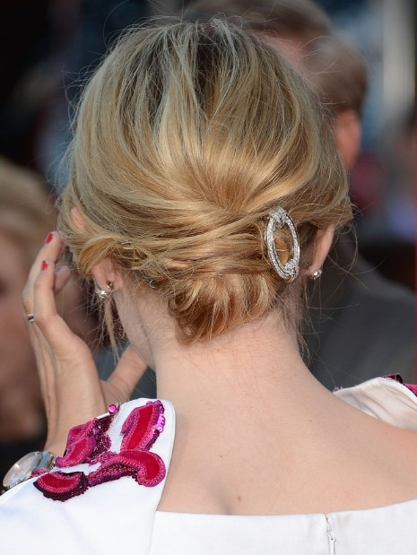 Emma Stone Chignon Hairstyle for Medium Hair  PoPular Haircuts