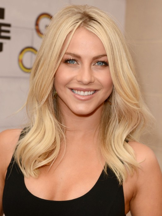 Blonde Medium Hairstyles Archives PoPular Haircuts