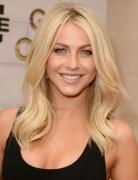Julianne Hough Blonde Medium Wavy Hairstyles for Layered Hair