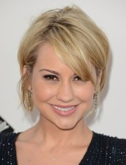 blonde short layered hairstyles