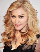 Madonna Trendy Medium Wavy Hair Styles 2013