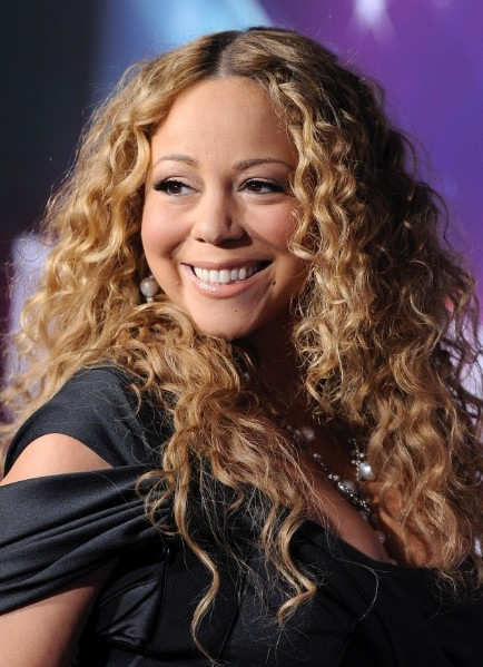 Mariah Carey Long Hairstyles For Blonde Curly Hair