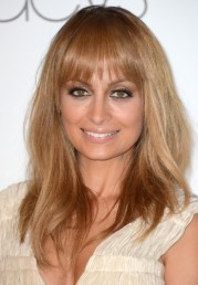 nicole richie long straight hairstyle