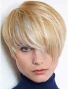 Razor-Cut Layers, Short Blonde Hair