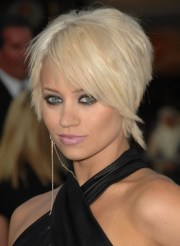 pixie haircuts with side swept