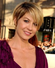 short layered haircut pixie hairstyles
