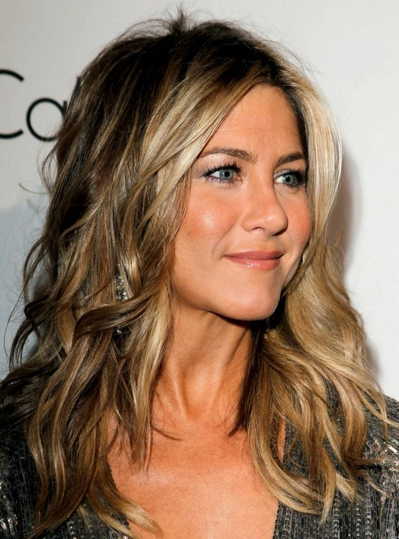 Jennifer Aniston Hairstyles: Trendy Hair Color