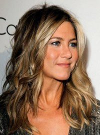 Jennifer Aniston Hairstyles: Trendy Hair Color - PoPular ...