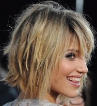 8 Bob Hairstyles: Shaggy Bob Haircut Ideas