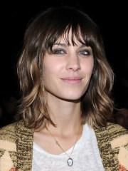 alexa chung hairstyles - popular