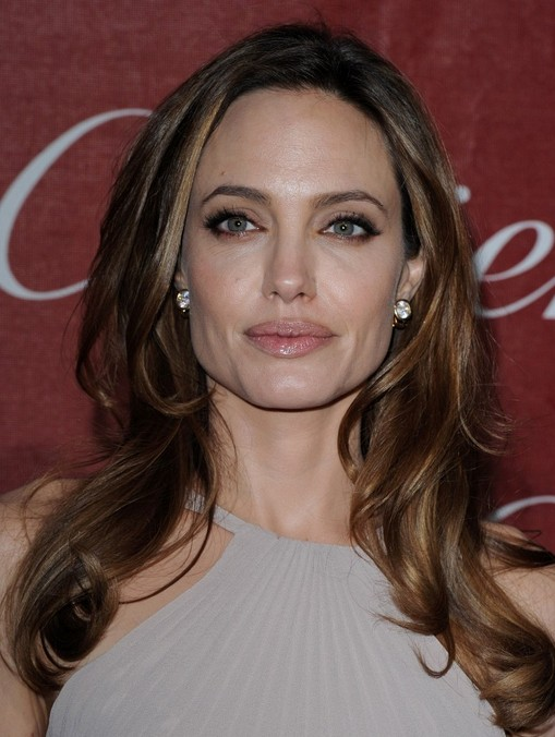 Angelina Jolie Hair Styles Long Wavy Hairstyle PoPular Haircuts