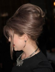 kelly osbourne hairstyles bouffant