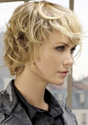 stylish short shag hairstyles