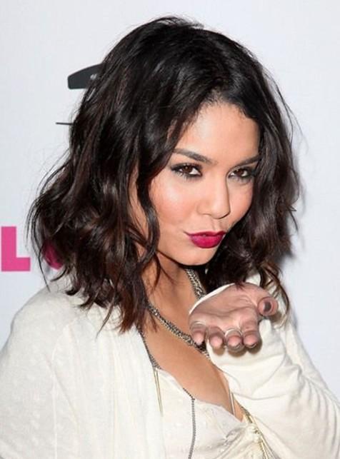 Vanessa Hudgens Medium Hairstyles Layered Wavy Haircut