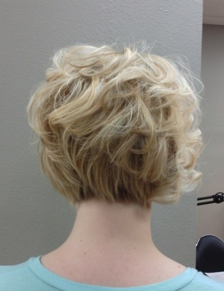 Curly Bob Haircuts Back View: Women Short Hairstyles for Work