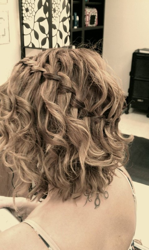 Everyday Hairstyles for Wavy Hair: Waterfall Braid Short Hair