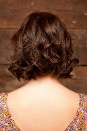 stylish wavy bob hairstyles
