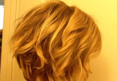 10 Stylish Wavy Bob Hairstyles For Medium Short Hair