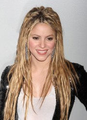 4 stylish shakira hairstyles