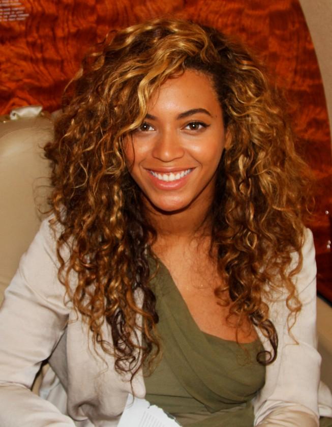 3 Beyonc Knowles Long Hairstyles  PoPular Haircuts
