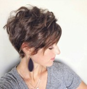 lovely wavy & curly pixie styles