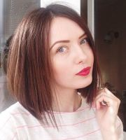 lovely and convenient angled bob