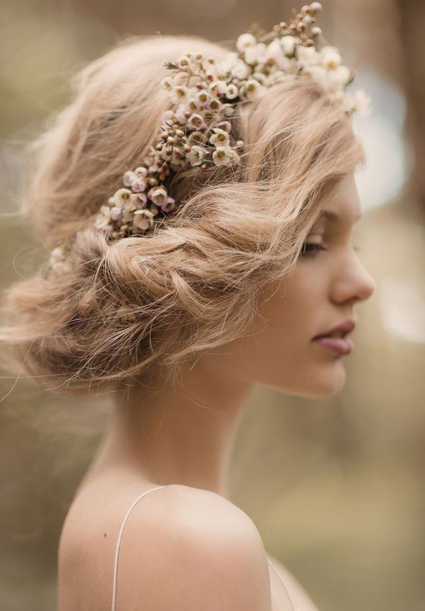 23 Perfect Short Hairstyles For Weddings Bride Hairstyle Designs
