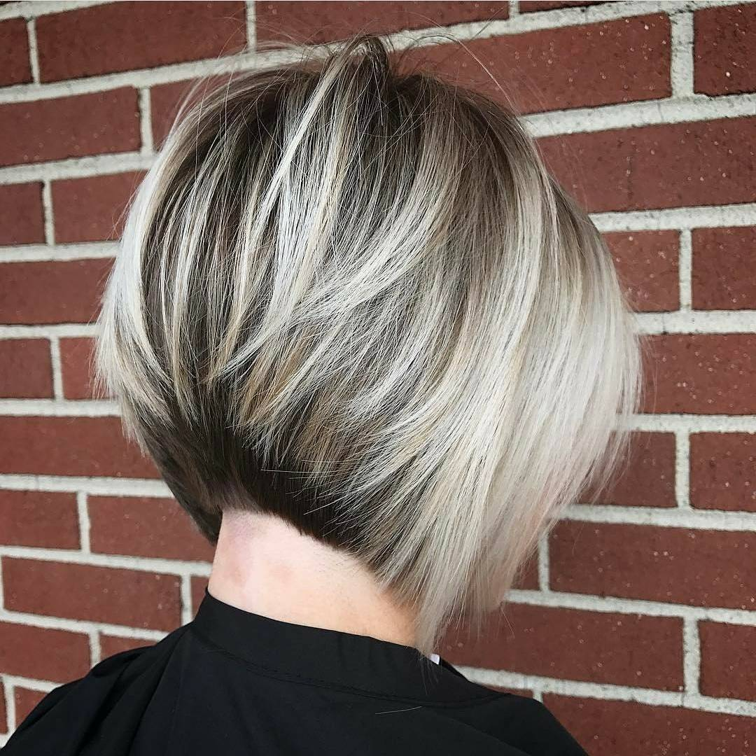 10 Layered Bob Hairstyles  Look Fab in New Blonde Shades  PoPular Haircuts