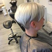 latest pixie haircut design