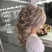 hairstyle long hair wedding day