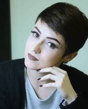 short hairstyles women over