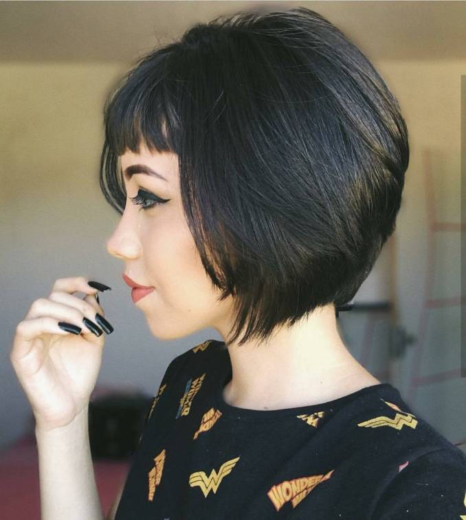 10 chic short bob haircuts that balance your face shape!