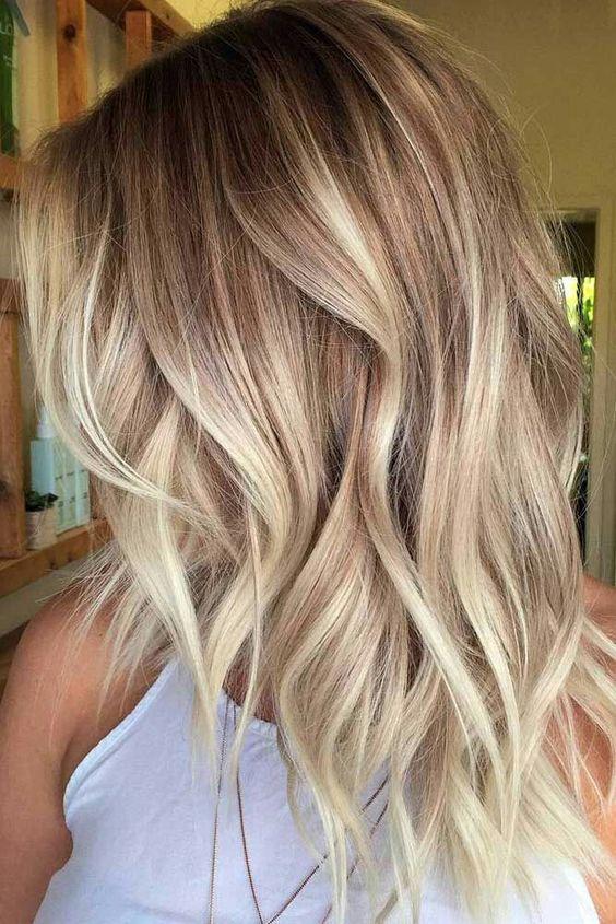 trendy medium hairstyle women