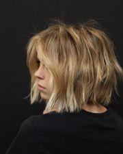 modern short bob haircut - 2020