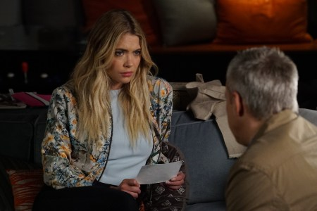 """PRETTY LITTLE LIARS - """"Power Play"""" - A.D. raises the stakes and all the PLLs feel the heat in different ways, in """"Power Play,"""" an all-new episode of Freeform's hit original series """"Pretty Little Liars,"""" airing TUESDAY, MAY 9 (8:00 – 9:02 p.m. EDT). (Freeform/Eric McCandless) ASHLEY BENSON"""