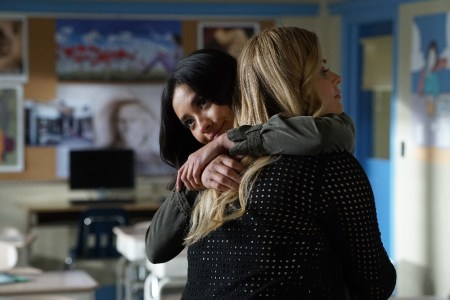 """PRETTY LITTLE LIARS - """"Power Play"""" - A.D. raises the stakes and all the PLLs feel the heat in different ways, in """"Power Play,"""" an all-new episode of Freeform's hit original series """"Pretty Little Liars,"""" airing TUESDAY, MAY 9 (8:00 – 9:02 p.m. EDT). (Freeform/Eric McCandless) SHAY MITCHELL, SASHA PIETERSE"""