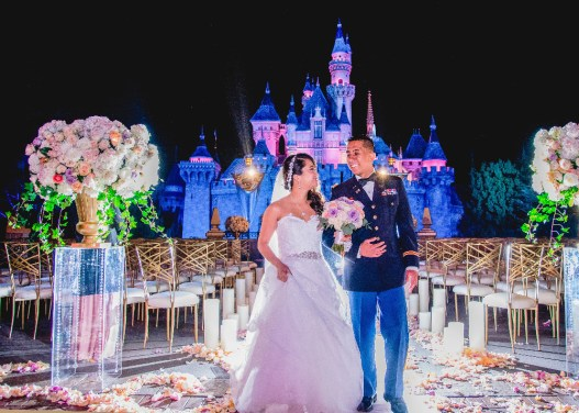 "FREEFORM SPECIALS - ""Disney Fairytale Weddings Special"" - Bachelor alumni Ben Higgins and Lauren Bushnell take you behind the scenes of some truly fabulous weddings in FreeformÕs ÒDisneyÕs Fairy Tale WeddingsÓ special, airing on SUNDAY, MAY 7, at 8:00 Ð 9:30 p.m. EDT. (Freeform) RUBY CARPO, ERIC CARPO"