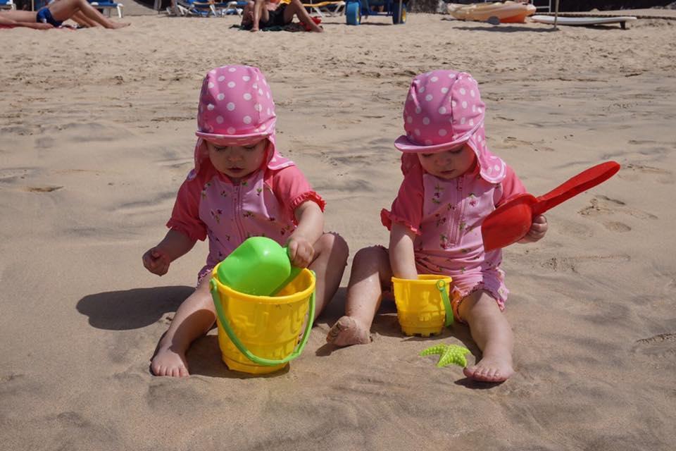 twins-beach