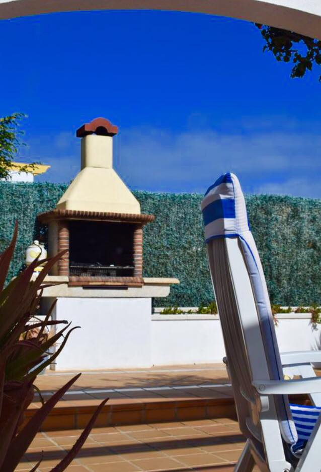 villa-rochelle-dining