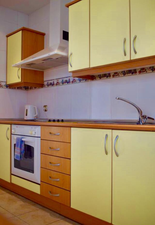 villa-rochelle-kitchen