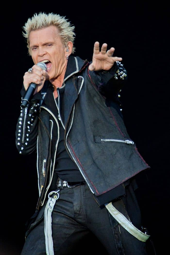 "<a href=""https://www.flickr.com/people/21437888@N02"">possan</a>, <a href=""https://commons.wikimedia.org/wiki/File:Billy_Idol_2012.JPG"">Billy Idol 2012</a>, <a href=""https://creativecommons.org/licenses/by/2.0/legalcode"">CC BY 2.0</a>"