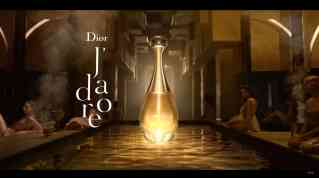 Screenshot aus DIOR J'adore Eau de Parfum Werbung