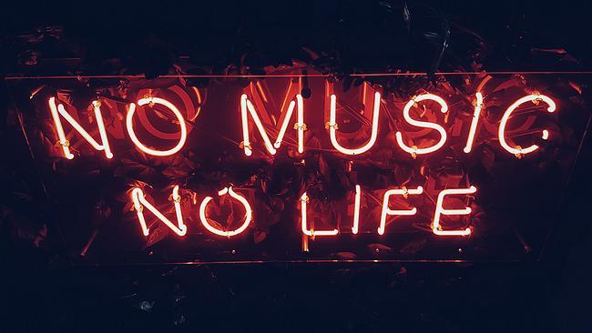 "Schriftzug: ""No music no life"""