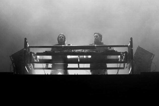 Axwell Λ Ingrosso, Tinderbox, Tinderbox 2015, Blå Scene